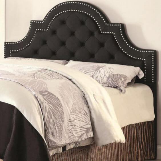 Classic Tufted headboard bedroom idea
