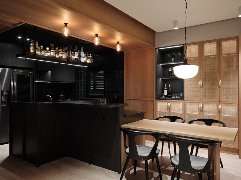 BLACK AND WOODEN MIXED KITCHEN AREA
